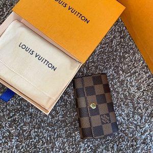 Louis Vuitton Damier Key holder